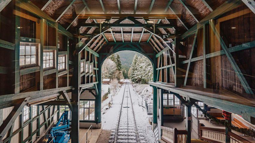 「オーバーヴァイスバッハの登山鉄道駅」