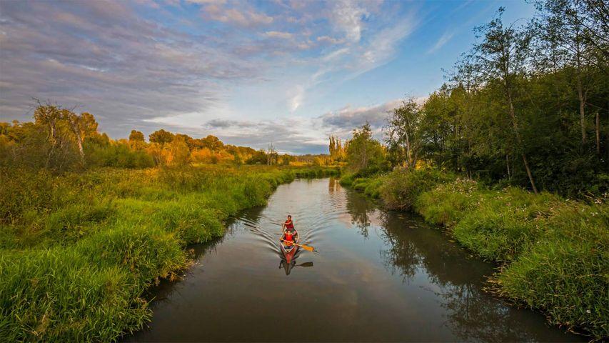 「スティル・クリークのカヌー」カナダ, ブリティッシュコロンビア州