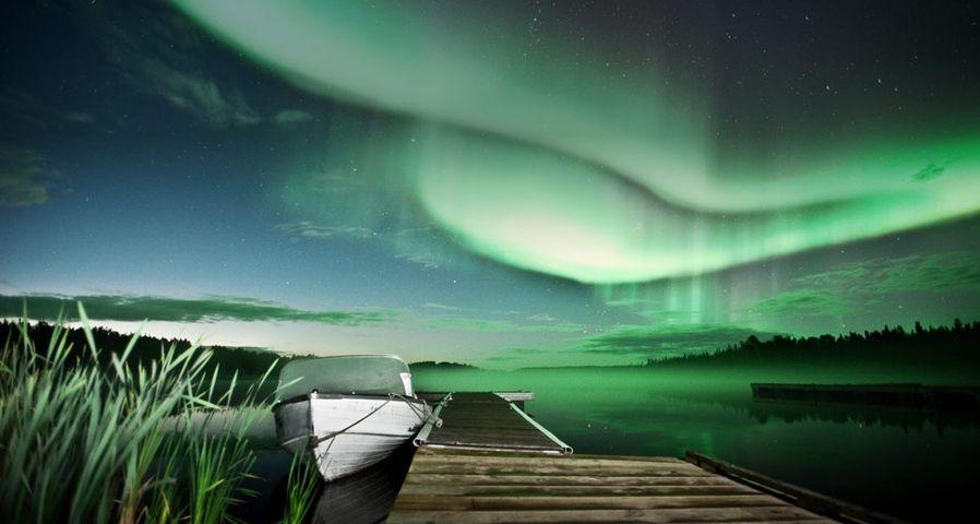 「ヴィー湖のオーロラ」カナダ, イエローナイフ