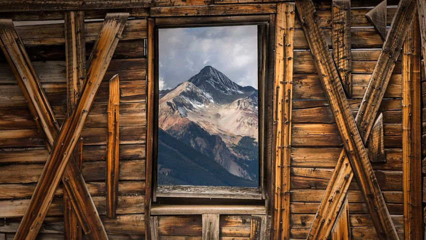 「アルタのゴーストタウンからみたウィルソン山」米国コロラド州