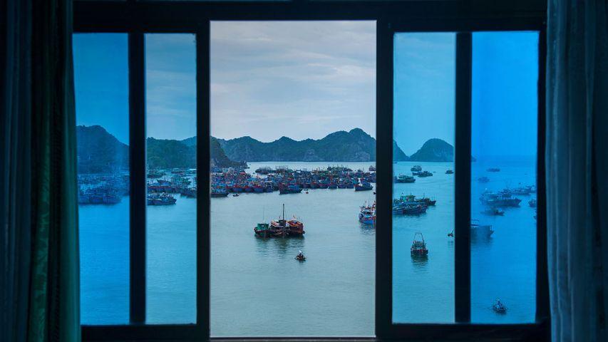 「カットバ島から見たハロン湾」ベトナム