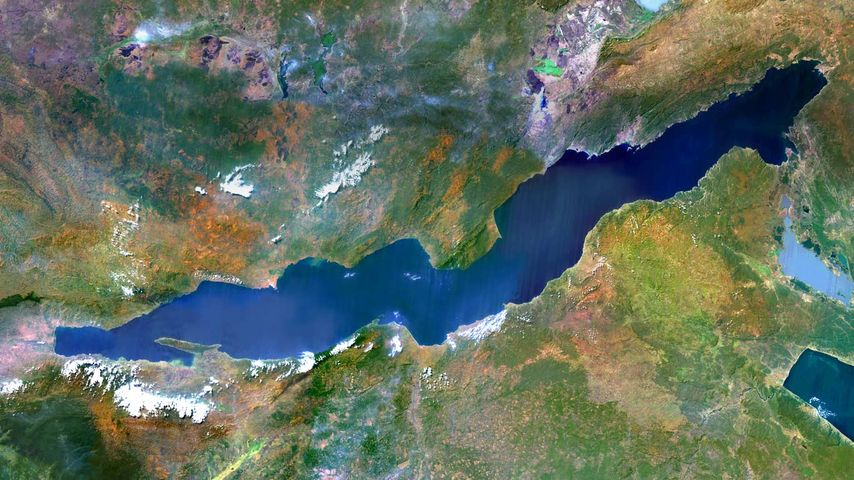 「タンガニーカ湖」タンザニア, コンゴ民主共和国, ザンビア, ブルンジ