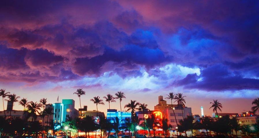 「マイアミビーチのアール・デコ地区」アメリカ, フロリダ州