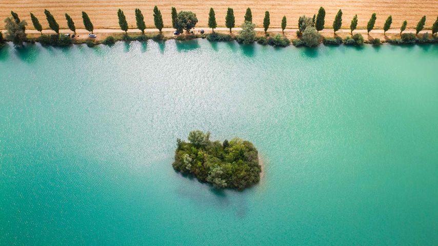 「ヨンヌ川」フランス, ブルゴーニュ地域圏