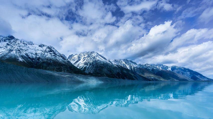 「タスマン湖」ニュージーランド南島
