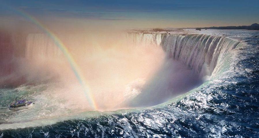「ナイアガラ、カナダ滝 」カナダ, オンタリオ州