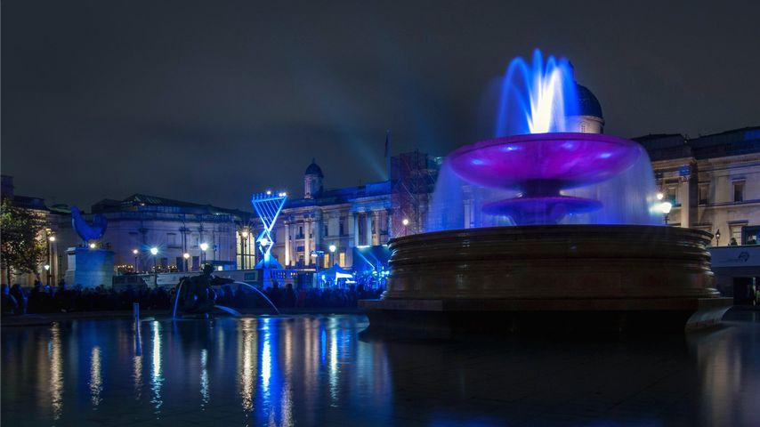 「トラファルガー広場」イギリス, ロンドン