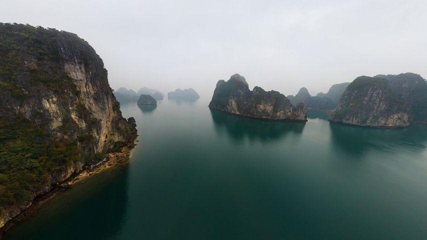 「ハロン湾」ベトナム