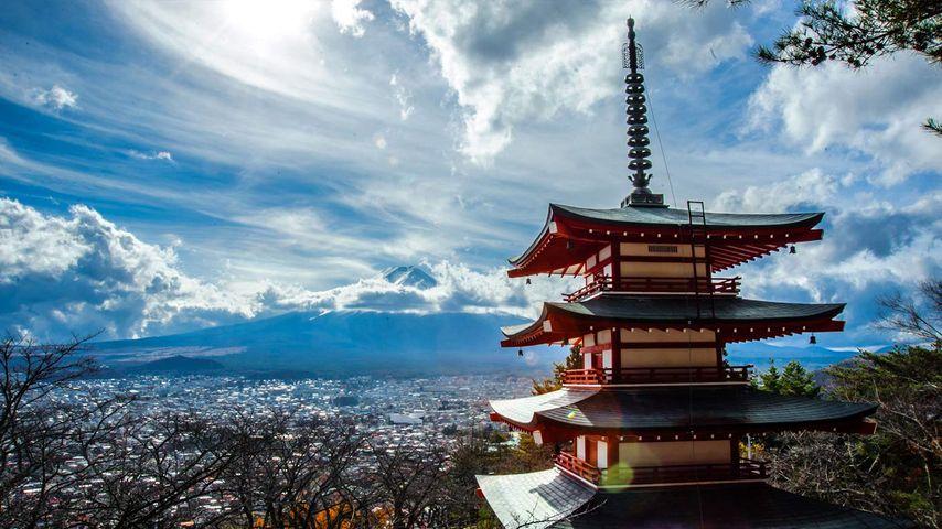 「忠霊塔と富士山」山梨, 富士吉田市