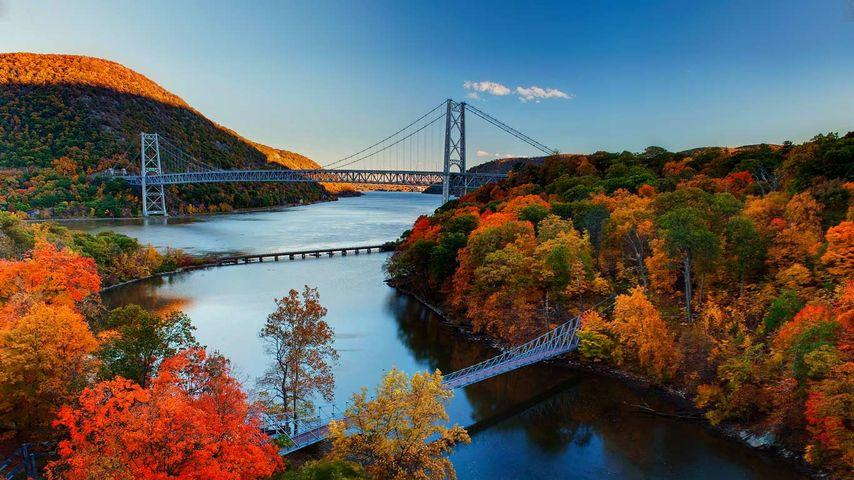 「紅葉のハドソン川」アメリカ, ニューヨーク州