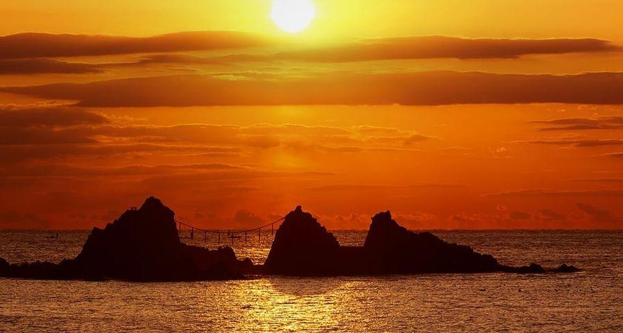 「三ツ石」神奈川, 真鶴岬