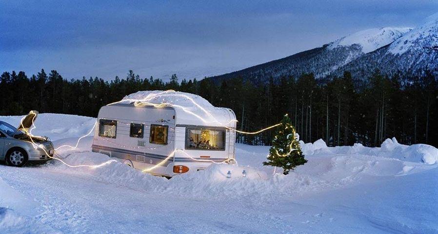 「キャンピングカーのクリスマス」ノルウェー, マンダーレン
