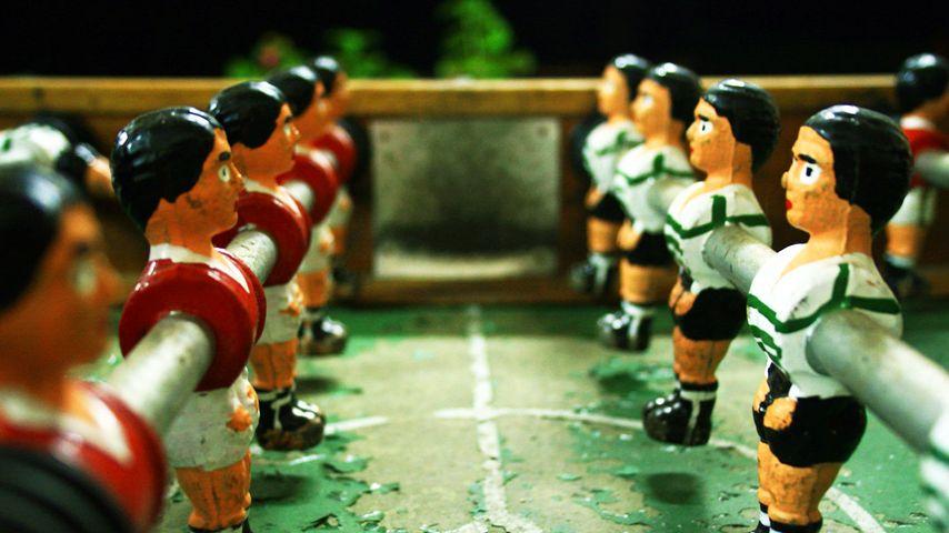 「テーブルサッカーゲーム」
