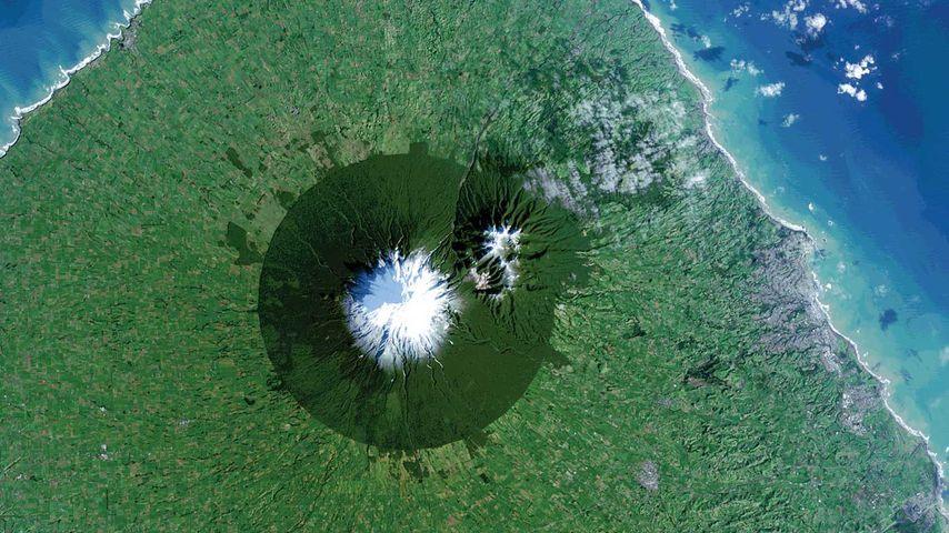 「タラナキ山」ニュージーランド, 北島