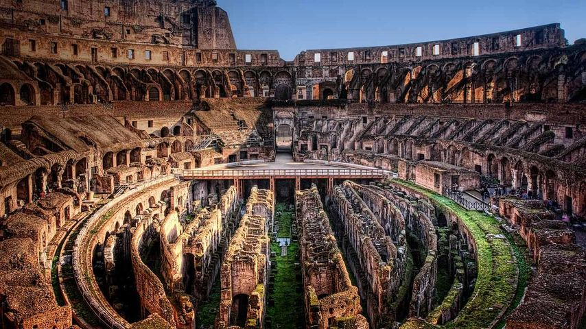 「コロッセオの内部」イタリア, ローマ