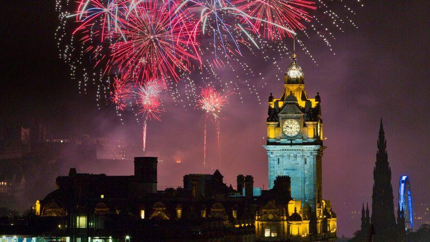 「エディンバラ・フェスティバルの花火」イギリス, エディンバラ
