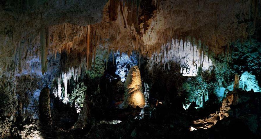 「カールズバッド洞窟群国立公園」アメリカ, ニューメキシコ州