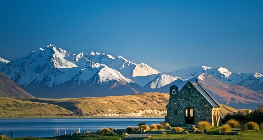 「テカポ湖畔の教会」ニュージーランド, マウントクック国立公園