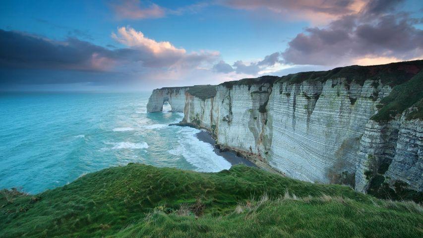 「エトルタの断崖」フランス, ノルマンディー