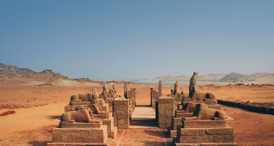 「ワディ・エル・セブア神殿」エジプト, ヌビア地方, ナセル湖岸
