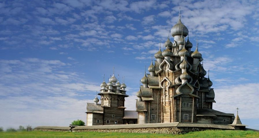 「キジ島の木造教会」ロシア, カレリア共和国, キジ島