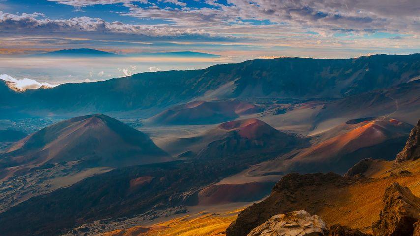 「ハレアカラ・クレーターの噴石丘」アメリカ, ハワイ
