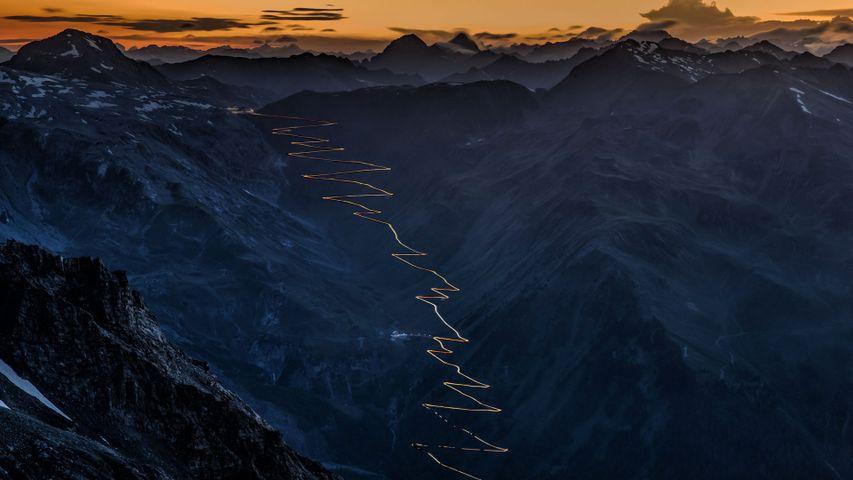 「ステルヴィオ峠」イタリア, オルトラー・アルプス山脈