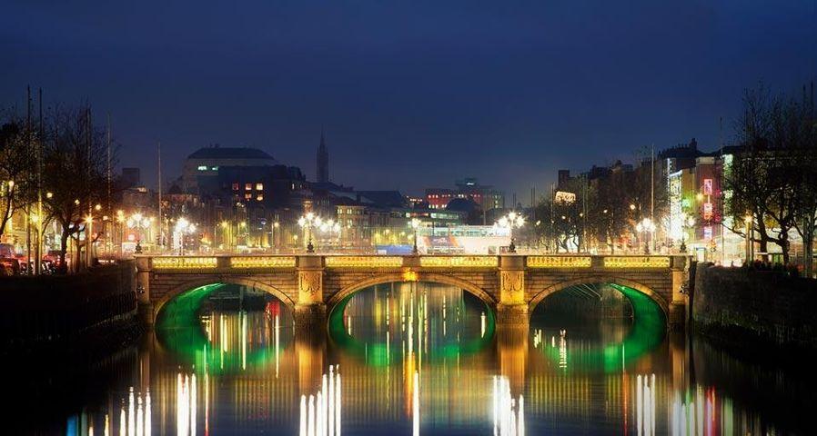 「オコンネル橋」アイルランド, ダブリン
