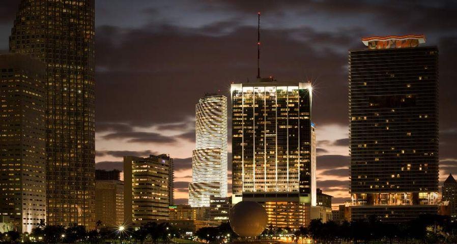 「マイアミの夕景」アメリカ, フロリダ州