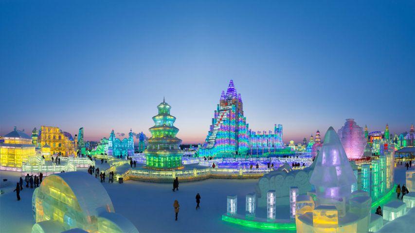 「ハルビン氷雪祭り」中国, 黒竜江省