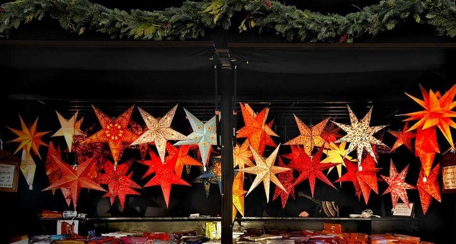 「クリスマスマーケットのデコレーション」ドイツ, ミュンヘン