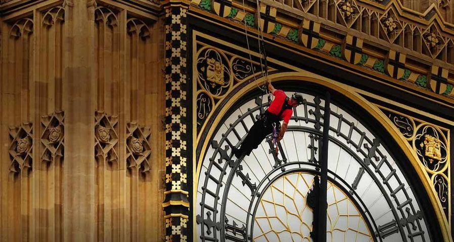 「ビッグ・ベンの時計の修理」イギリス, ロンドン