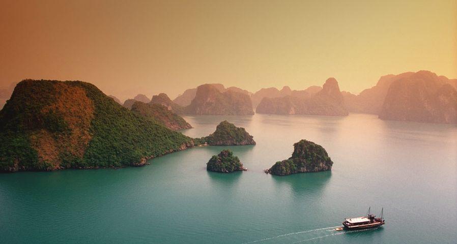 「ハロン湾」ベトナム, クアンニン省