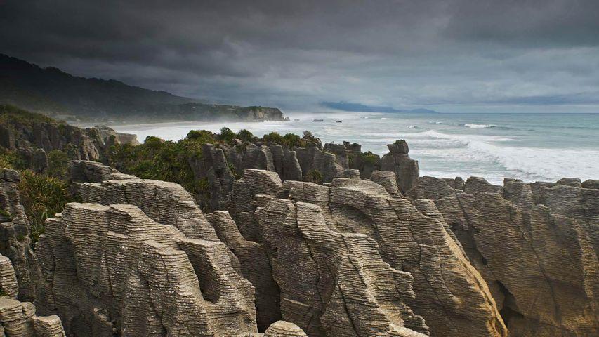 「パンケーキ・ロックス」ニュージーランド南島, パパロア国立公園