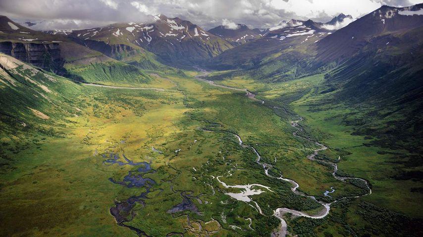 「アラスカ半島国立野生生物保護区」アメリカ, アラスカ