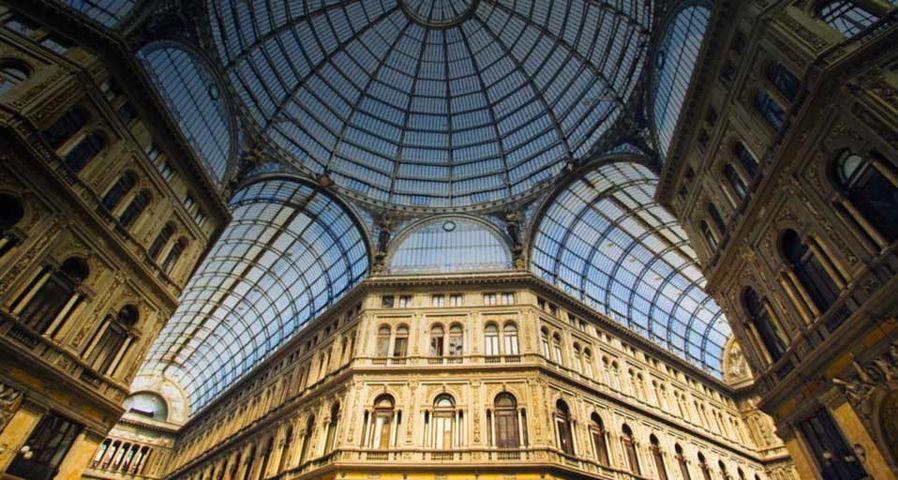 「ウンベルト1世のガッレリア」イタリア, ナポリ
