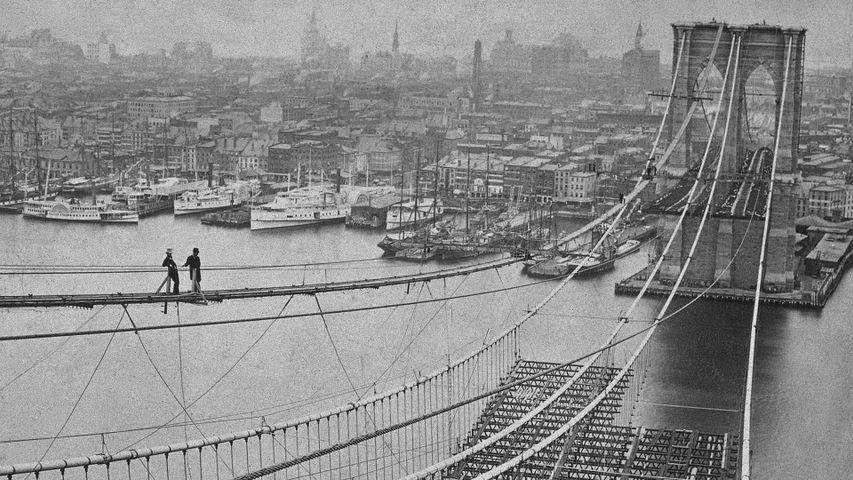 「建設中のブルックリン橋」米国ニューヨーク州