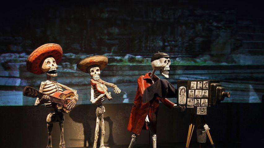 「死者の日の飾り」メキシコ