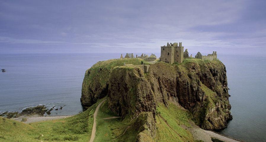 「ダノッター城」イギリス, スコットランド