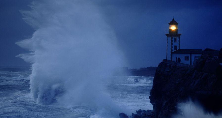 「モルレー湾の灯台」フランス, ブルターニュ半島