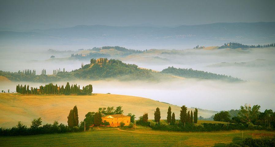 「トスカーナ地方、オルチャ渓谷」イタリア