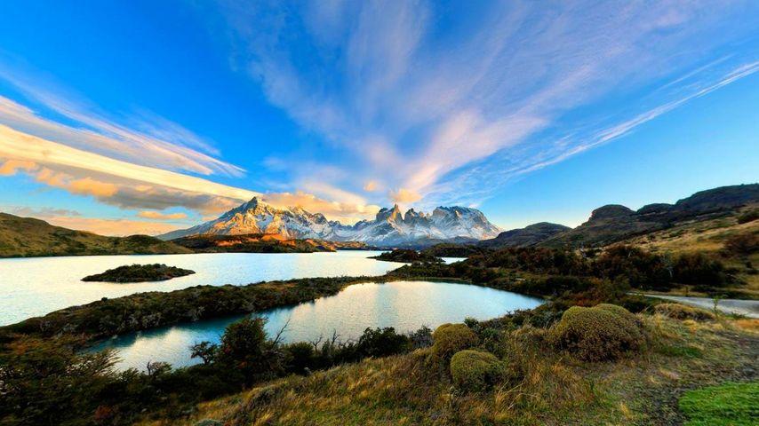 「ペホー湖とノルデンスコール湖北岸」チリ, パイネ国立公園