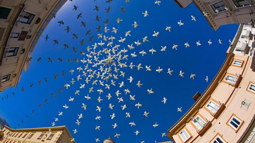 「ドゥオモ広場のデコレーション」イタリア, アマルフィ