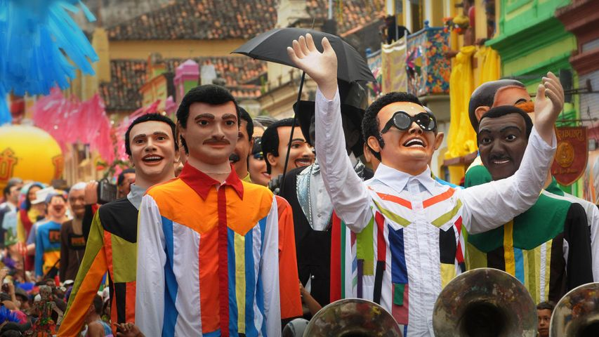 「カーニバルの巨大パペット」ブラジル, オリンダ