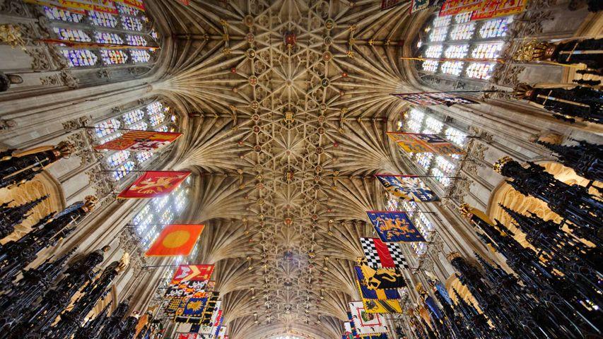 「聖ジョージ礼拝堂の天井」イギリス, バークシャー州, ウィンザー城