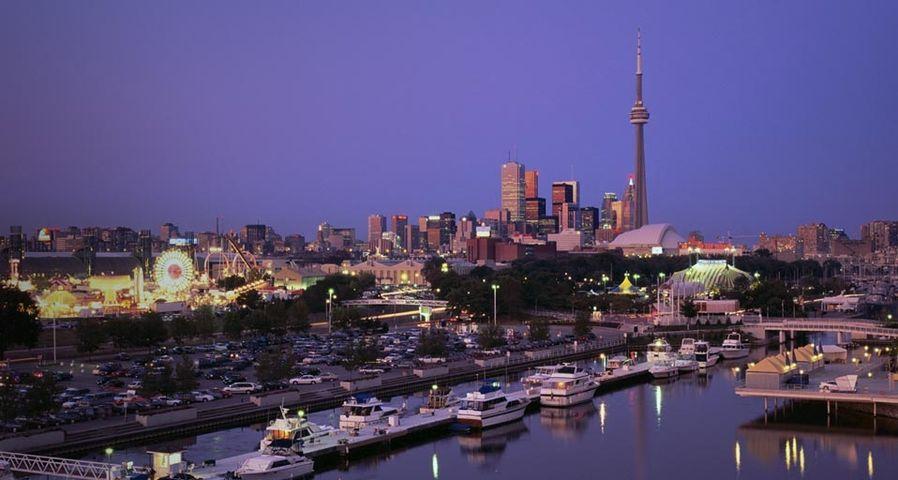 「トロントの夕暮れ」カナダ, オンタリオ
