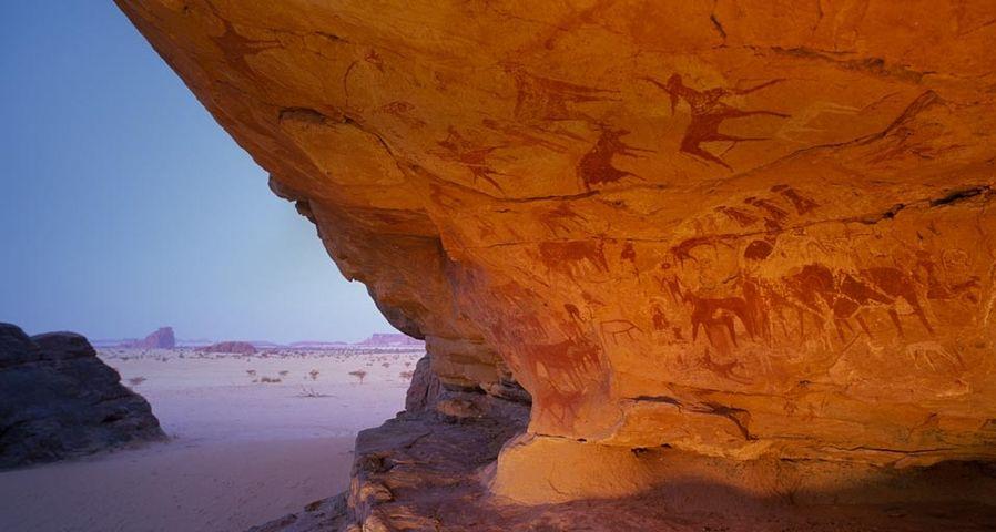 「新石器時代の壁画」アフリカ, チャド, エネディ高原