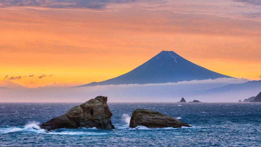 「海と富士山・嵐の後の風景」静岡県, 松崎町