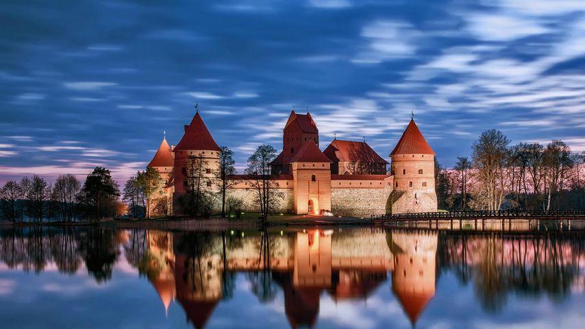 「トラカイ島城」リトアニア, ガルヴェ湖