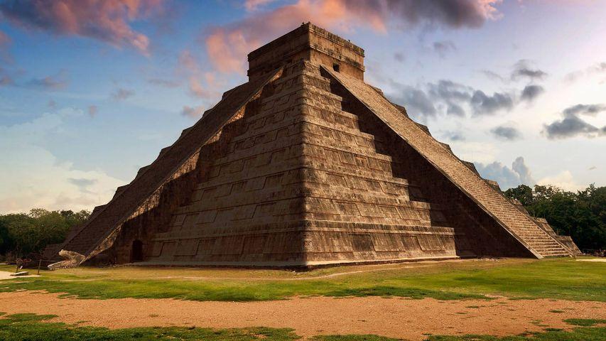 「ククルカンの神殿」メキシコ, チチェン・イッツァ